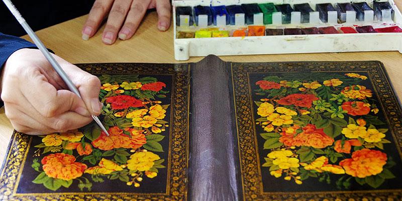 شیوه ها و ابزارهای نگارگری ایرانی