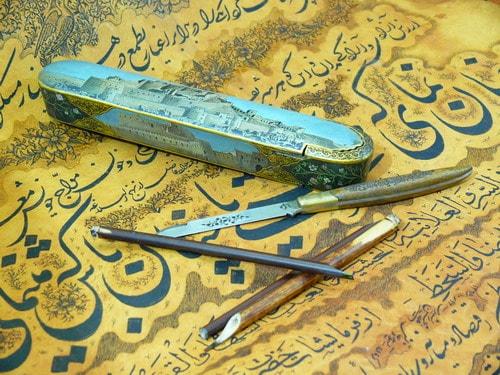 ابزار خوشنویسی با قلم