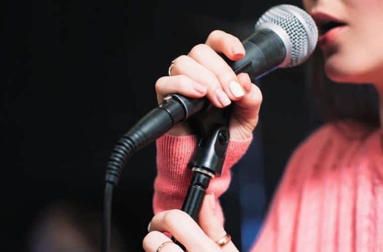 اهمیت آموزش صدا سازی برای خوانندگی
